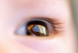 Как видит ребенок в 1 месяц? Зрение новорожденного