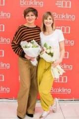 Анита Луценко и Светлана Будут представлены на столе, книги для женщин