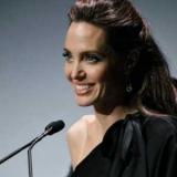 Ось це вихід: як зараз виглядає Анджеліна Джолі після розлучення?